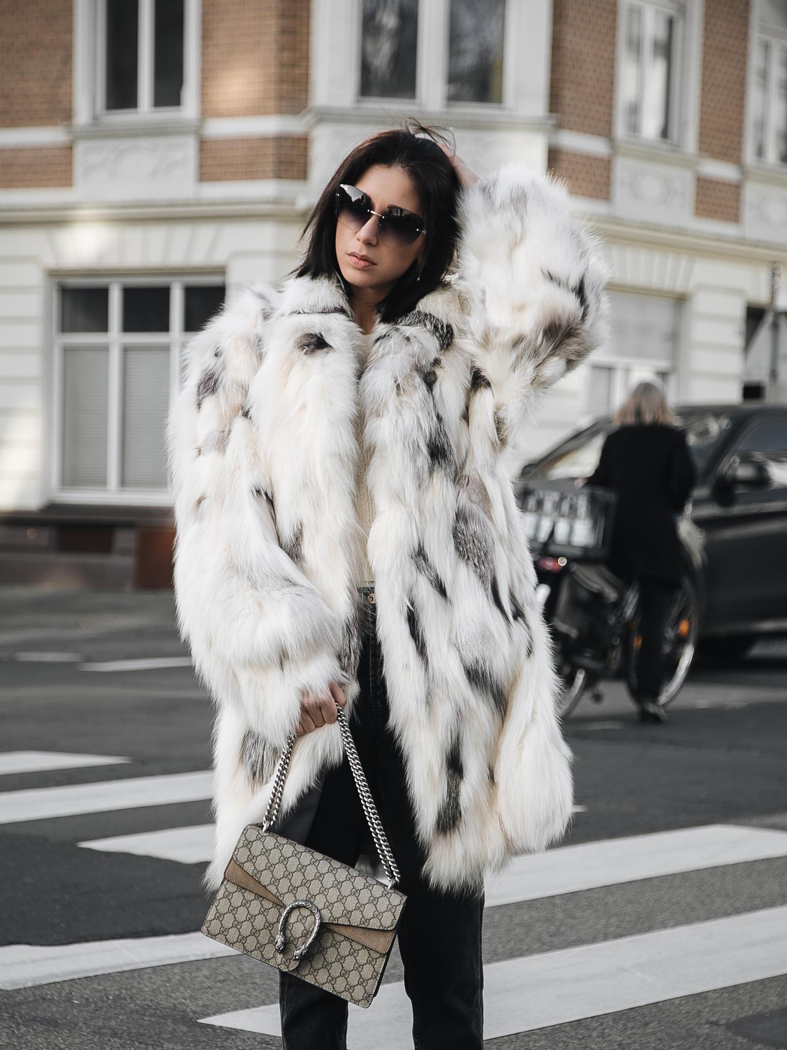 fell-mantel-die-einflussreichsten-modeblogs-deutschland-high-fashion-blogger-jasmin-kessler-couture-de-coeur-