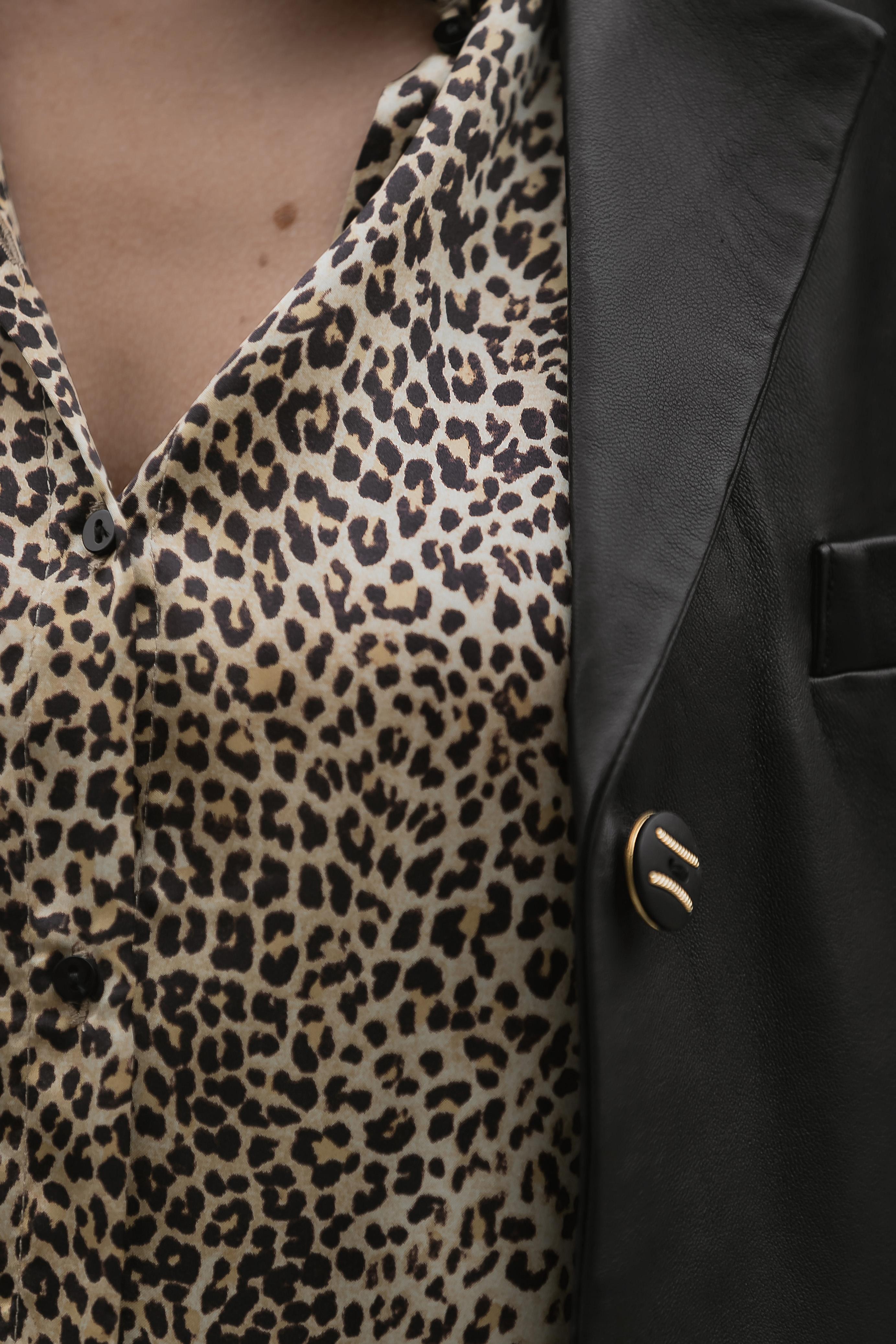 animalprint-bluse-kombinieren-herbst-winter-inspiration-outfit-style