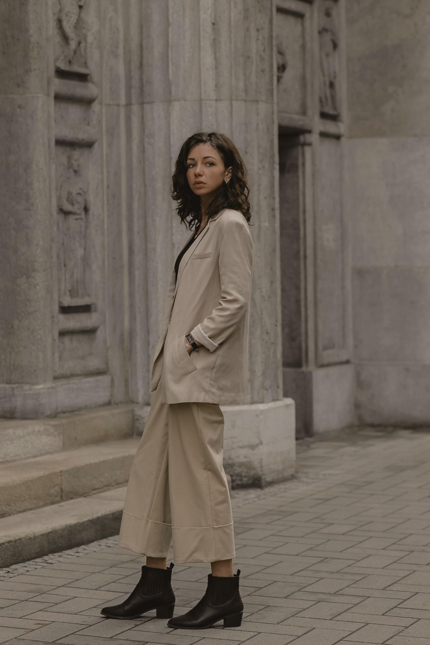 beige-creme-outfit-inspiration-streetstyle-germany-jasmin-kessler-blogger