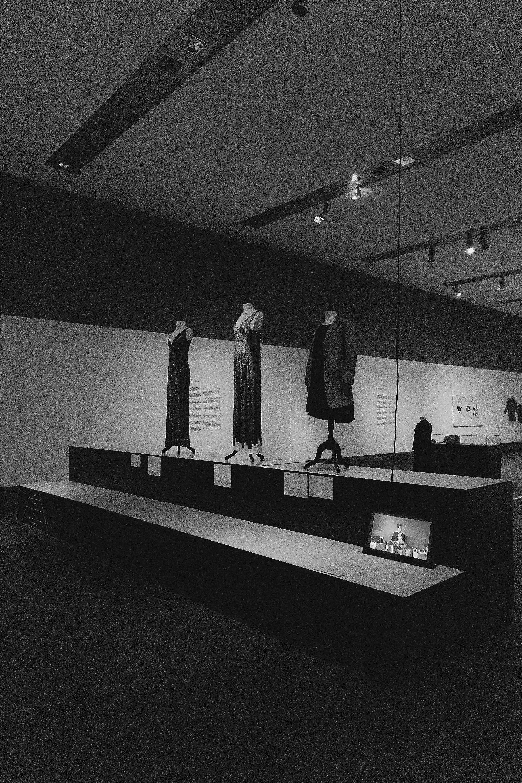 rautenstrauch-joest-museum-koeln-fast-fashion-die-schattenseite-der-mode-nachhaltigkeit-2019