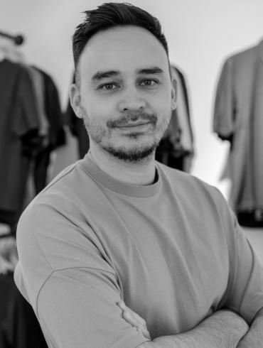 Funktion Schnitt Köln nachhaltige Mode Designer Simon